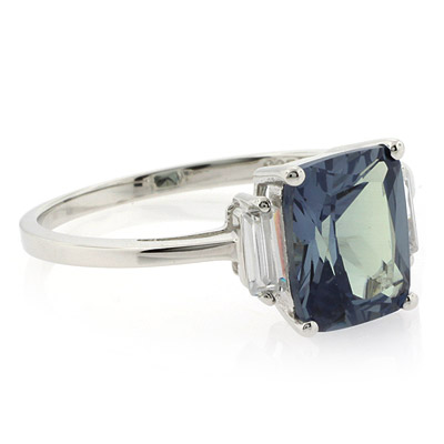 alexandrite emerald cut ring changing color
