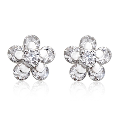 Beautiful White Flower Swarovski Crystal Earrings