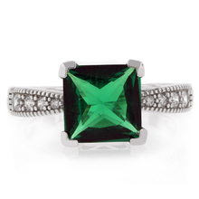 Princess Cut Stone Emerald Ring