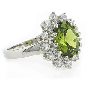 Princess Settings Peridot Silver Ring