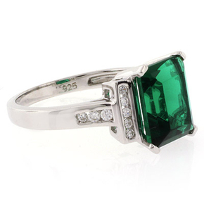 Emerald Stone Silver Ring
