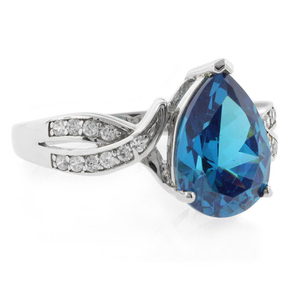 Antique Style Blue Topaz Silver Ring