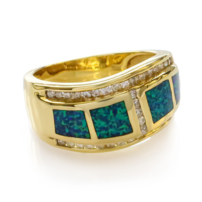 Beautiful Australian and Diamond Opal 14K Gold Ring