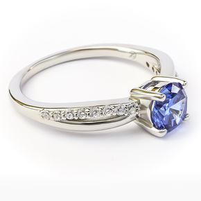 Tanzanite Round Cut Silver Ring