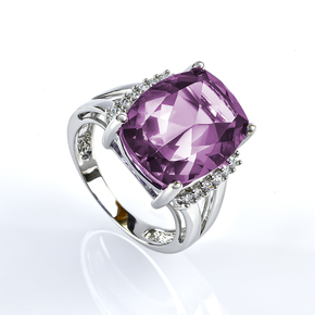 Huge Changing Color Stone Alexandrite Silver Ring