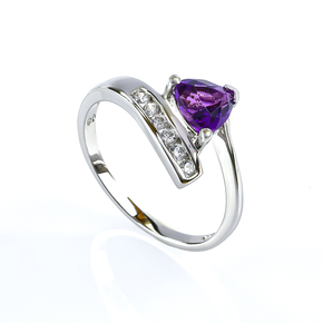 Solitaire Amethyst Sterling Silver Ring