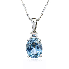 Oval-Cut Silver Pendant with Aquamarine