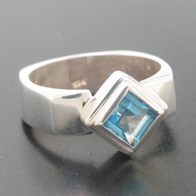 Sterling Silver Genuine London Blue Topaz Ring