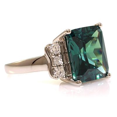 alexandrite ring emerald cut