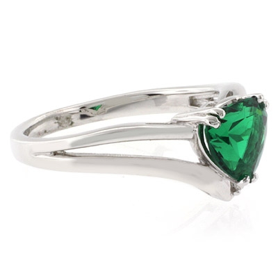 shape emerald promise ring