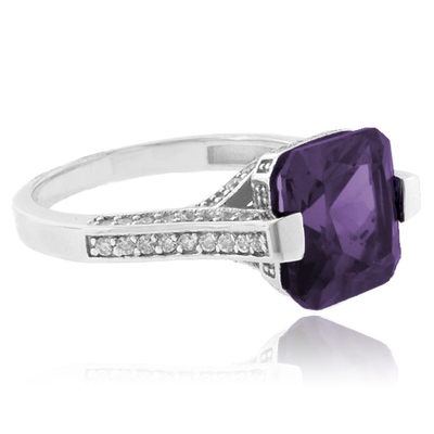 Cushion Cut Color Change Alexandrite .925 Silver Ring