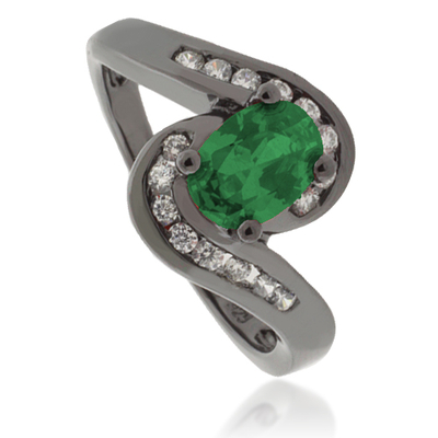 Oval-Cut Emerald Black Silver Ring