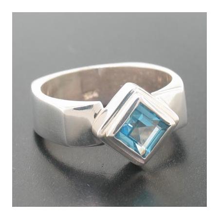 Sterling Silver Genuine London Blue Topaz Ring